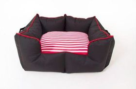 Wagworld - K9 Castle Dog Bed - Black & Red - Large