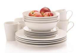 Maxwell and Williams - 16-Piece Dinner Set