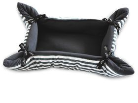 Wagworld - Cupcake Pet Bed - Grey Stripe