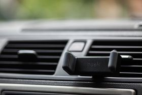 Moshi Car Vent Mount - Black