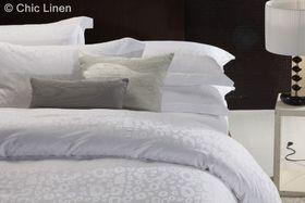 Chic Linen - Luxurious Egyptian Cotton Classic White Duvet Cover Set - Bella