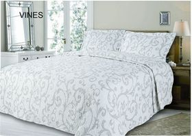 Simon Baker - Quilted & Printed Vines Comforter Set
